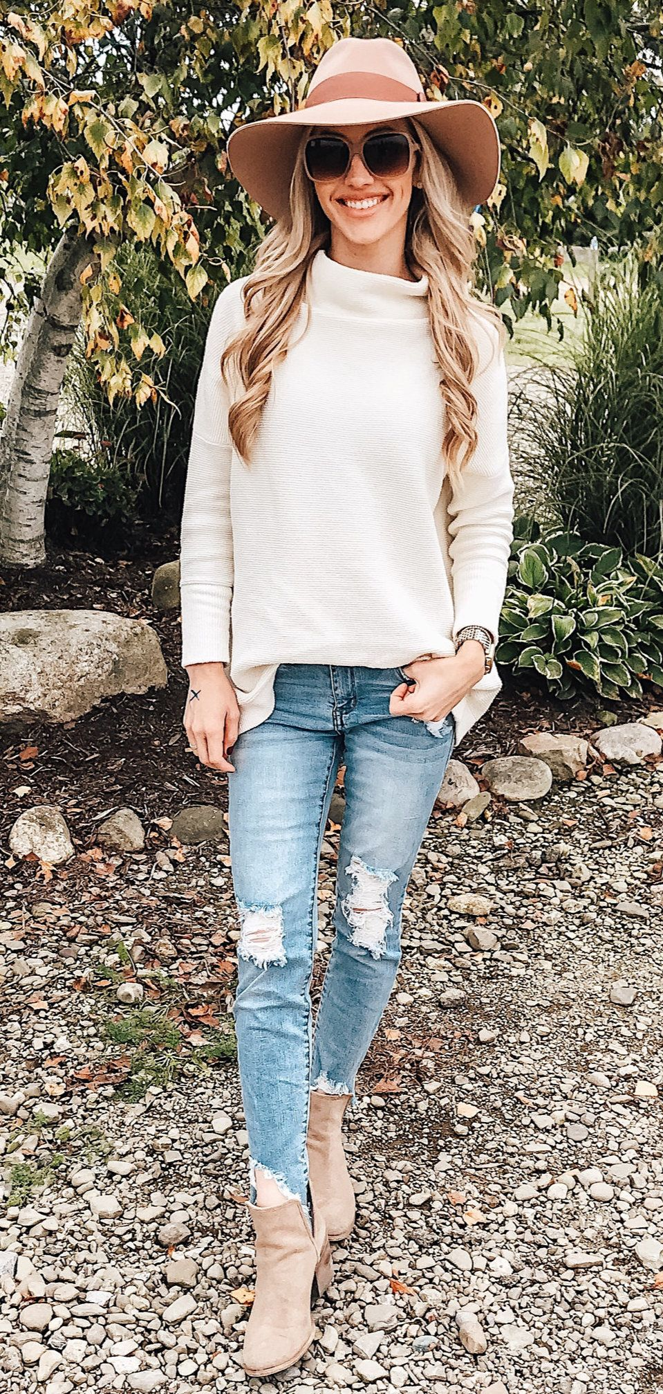 white long sleeve dress #winter #outfits