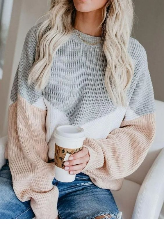 Sweet sweater for winter moments