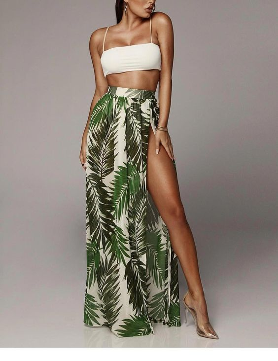 White crop top and long nature printed skirt