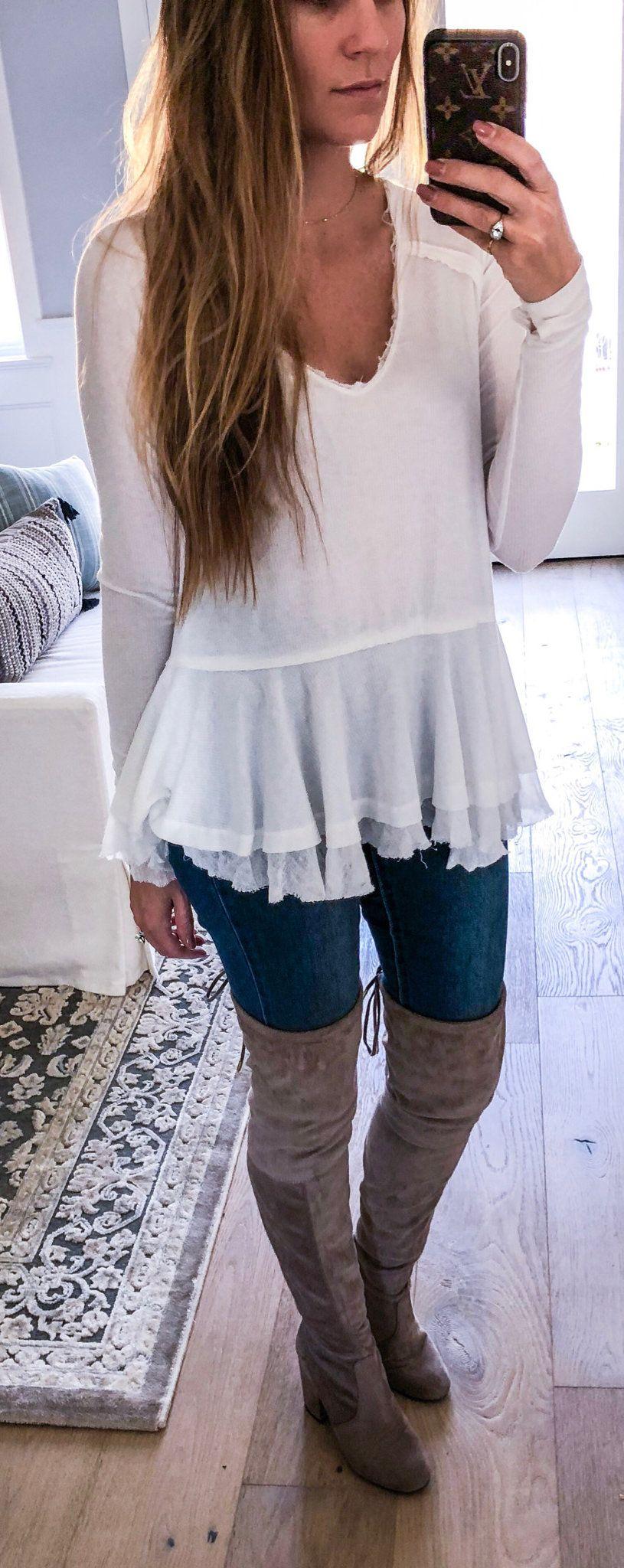 white scoop-neck long-sleeved dress