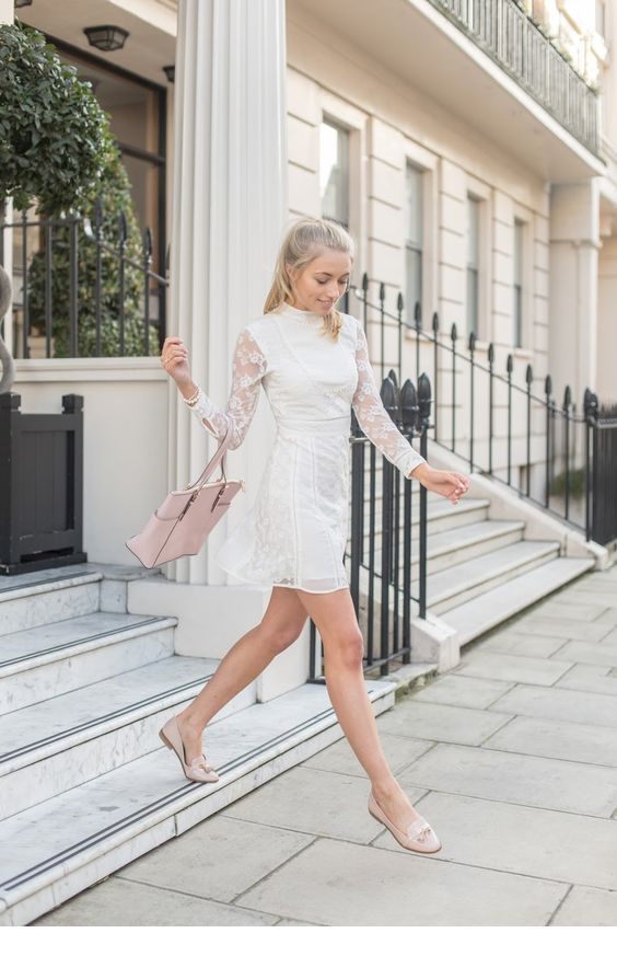 Sweet white lace short dress for street