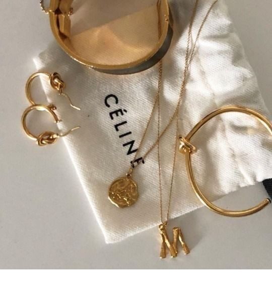 Glam gold accessories