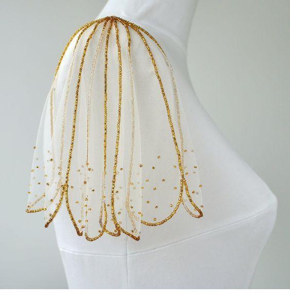 Nice gold glitter dress detail