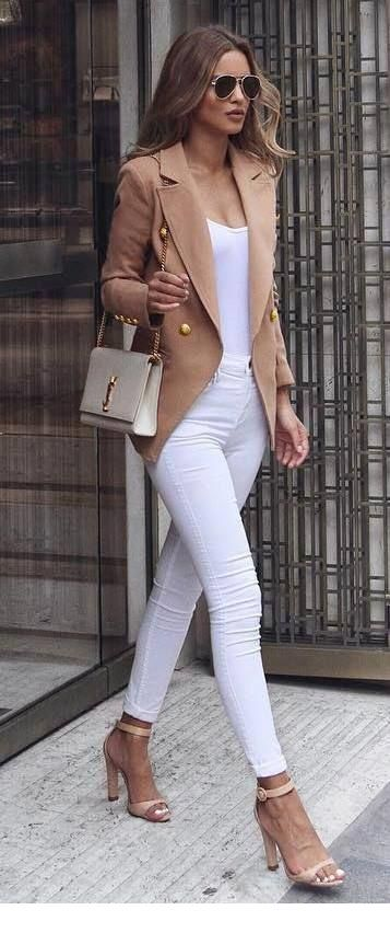 Chic beige and white outfit
