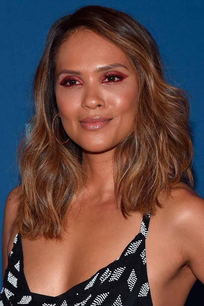 "Long Brown Bob With Highlights <a class=""pintag"" href=""/explore/lesleyannbrandt/"" title=""#lesleyannbrandt explore Pinterest"">#lesleyannbrandt</a> <a class=""pintag"" href=""/explore/highlightshair/"" title=""#highlightshair explore Pinterest"">#highlightshair</a> <a class=""pintag"" href=""/explore/brownhair/"" title=""#brownhair explore Pinterest"">#brownhair</a> ★ Medium length hairstyles have a big number of perks, and that is why women all around the world choose to sport them. Any woman can find a flattering style for her. To help you do that, we have created a photo gallery featuring the most complimenting styles. ★ <a class=""pintag"" href=""/explore/glaminati/"" title=""#glaminati explore Pinterest"">#glaminati</a> <a class=""pintag"" href=""/explore/lifestyle/"" title=""#lifestyle explore Pinterest"">#lifestyle</a> <a class=""pintag"" href=""/explore/mediumlengthhairstyles/"" title=""#mediumlengthhairstyles explore Pinterest"">#mediumlengthhairstyles</a><p><a href=""http://www.homeinteriordesign.org/2018/02/short-guide-to-interior-decoration.html"">Short guide to interior decoration</a></p>"