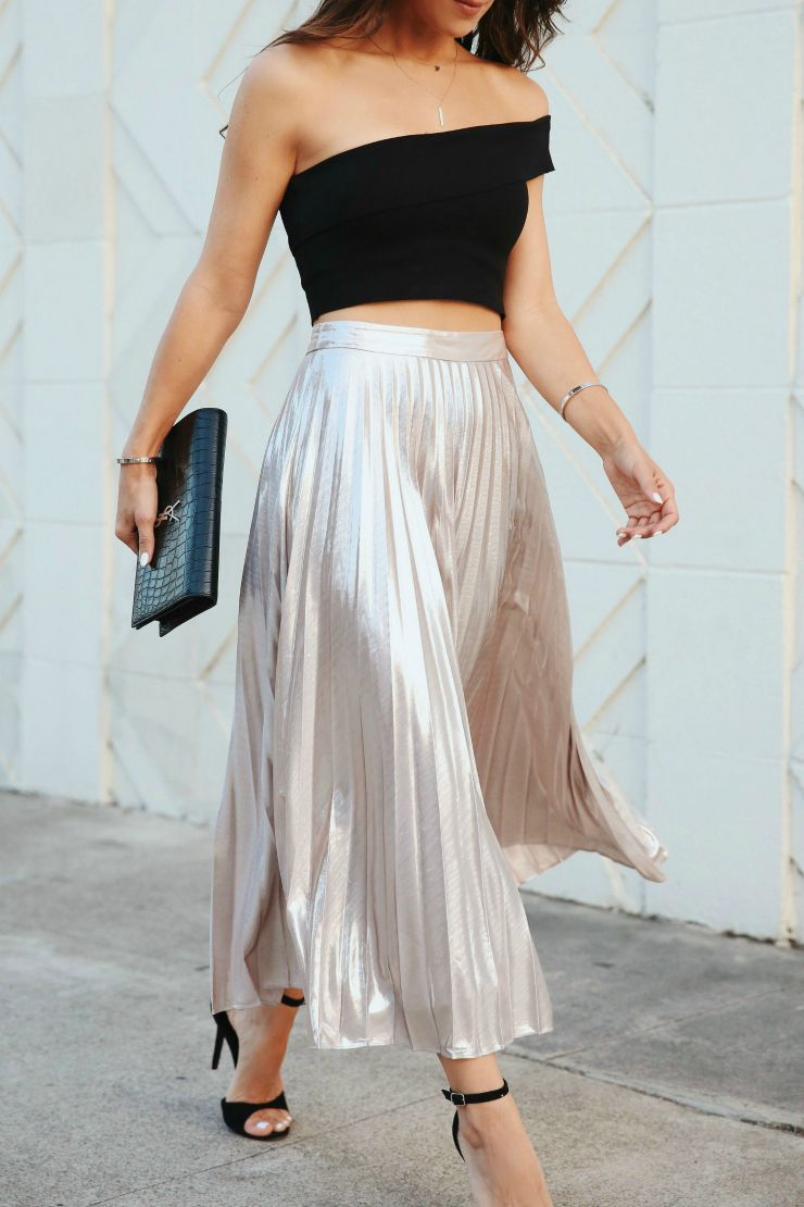 The BEST Metallic Midi Skirt Under $100! – Andee Layne