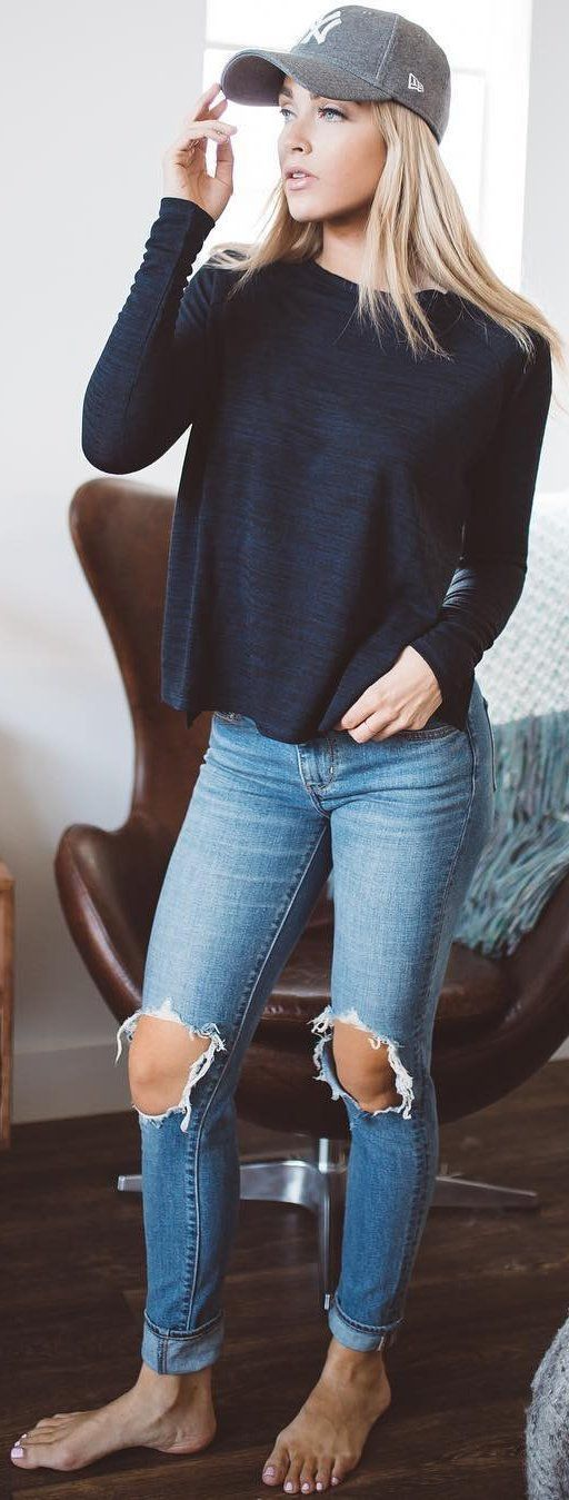 / Black Knit + Destroyed Skinny Jeans