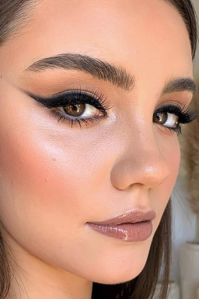 30 Spellbinding Bridesmaid Makeup For Every Woman ❤ bridesmaid makeup long shading arrows with long lashes and brown lips dmv.makeupartistry #weddingforward #wedding #bride #weddingmakeup #bridesmaidmakeup