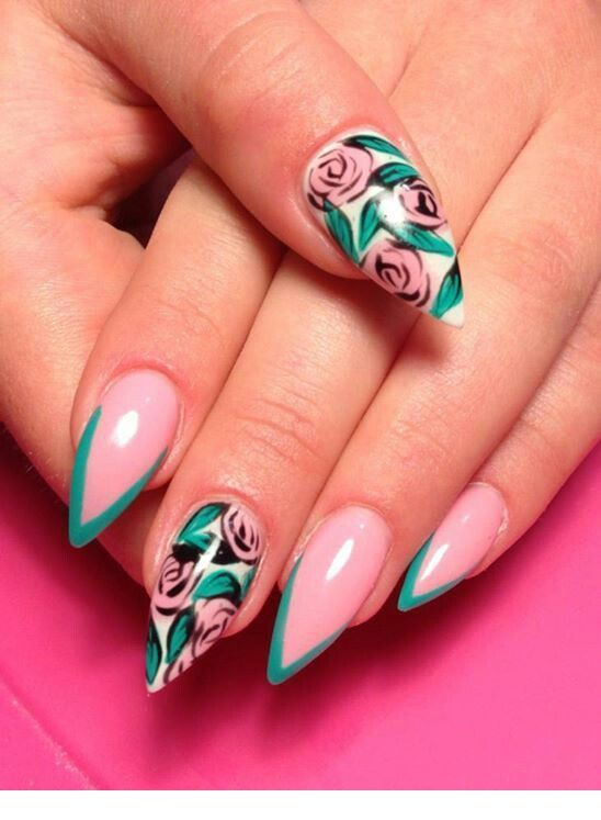 Very nice nails with roses