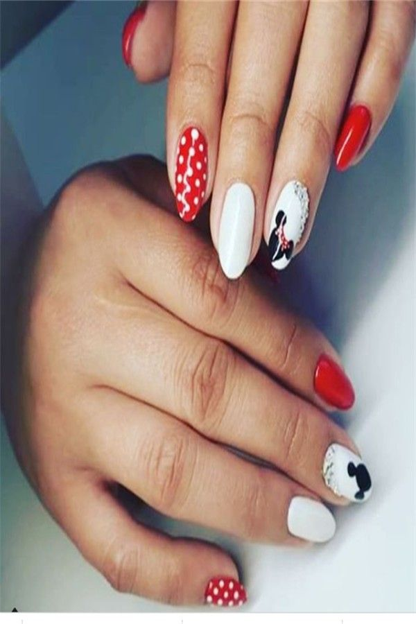 30+ Gorgeous Disney Nails to Spice Up Your Fashion – Fashonails #disney_nails #nail_art_designs #nail_ideas #manicure