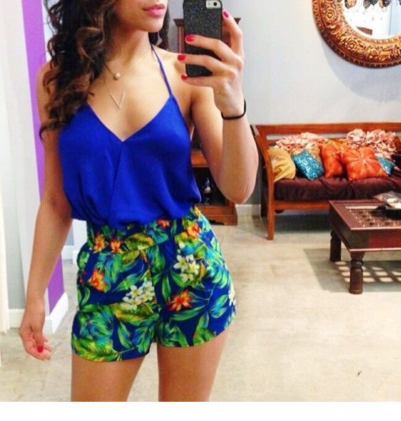 Cute blue top with floral shorts