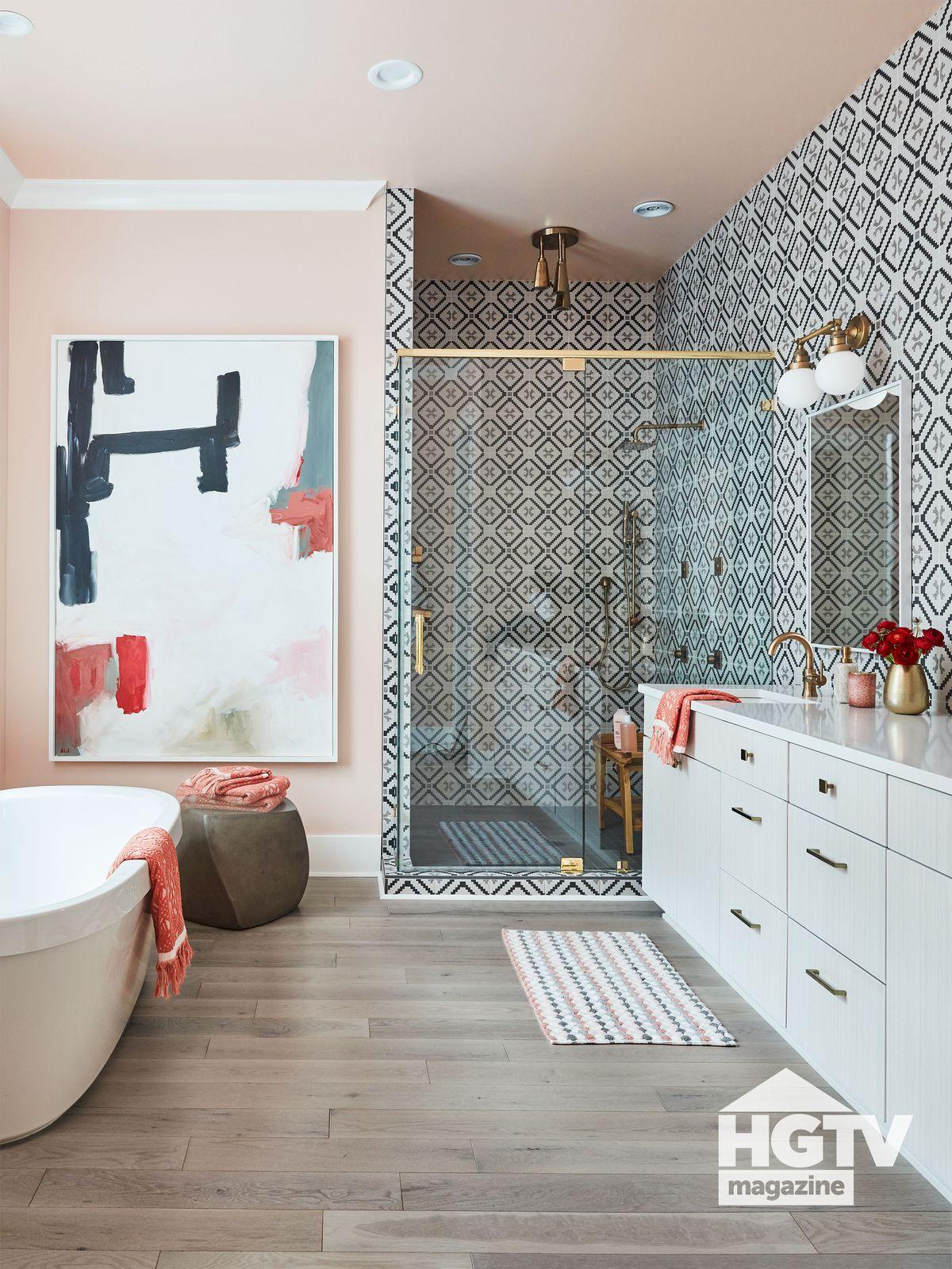 HGTV Dream Home 2020 bathroom featured in HGTV Magazine