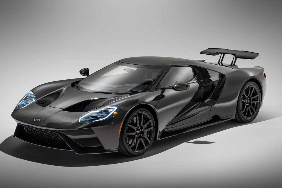 Ford is continuing to refine the Ford GT even as it nears the end of its extremely limited production run. The new Liquid Carbon edition...