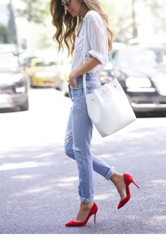 Nice red pumps for this look