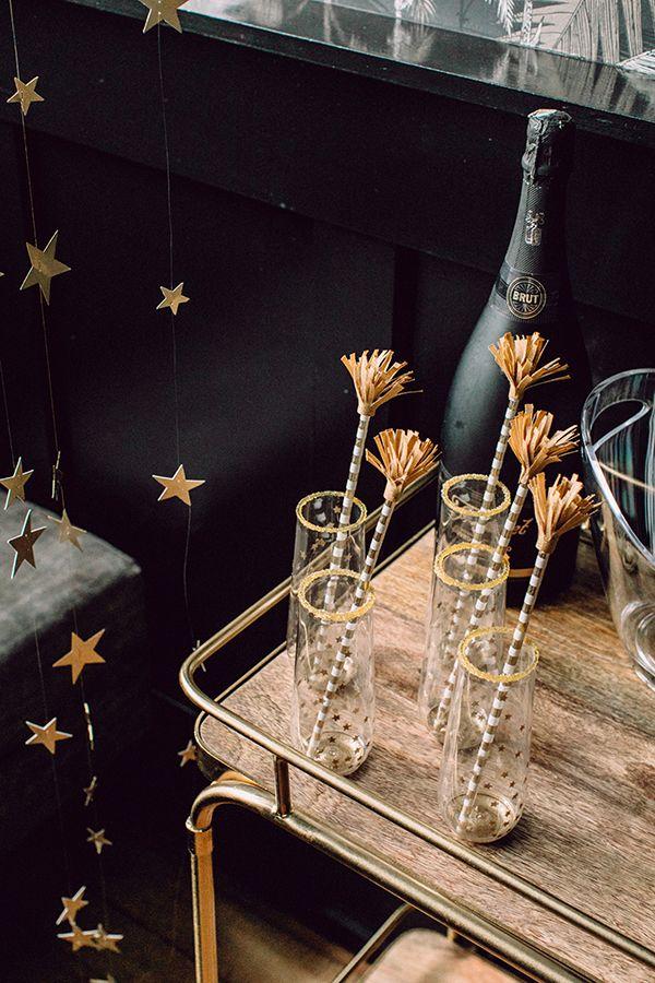 DIY Star Champagne Flutes ⋆ Ruffled