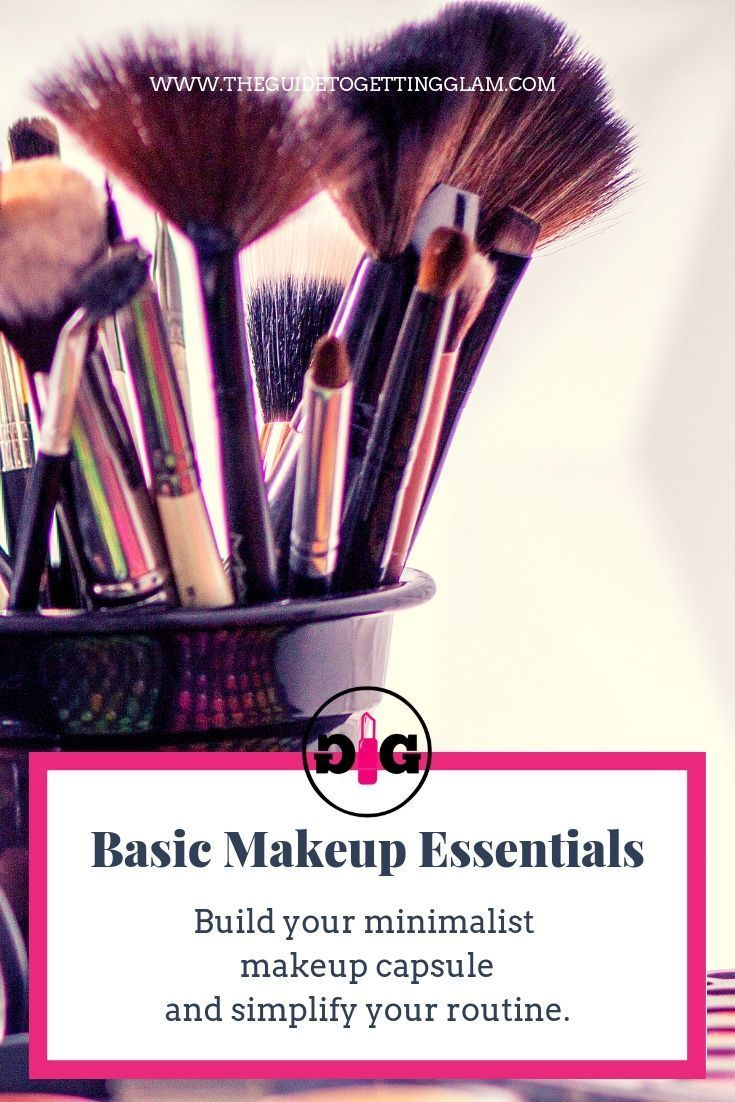 Build your basic makeup kit and simplify your life. Click to read how you can reduce clutter, streamline your makeup routine, and create your signature look. #minimalistmakeup #makeupcapsule #organizeyourlife