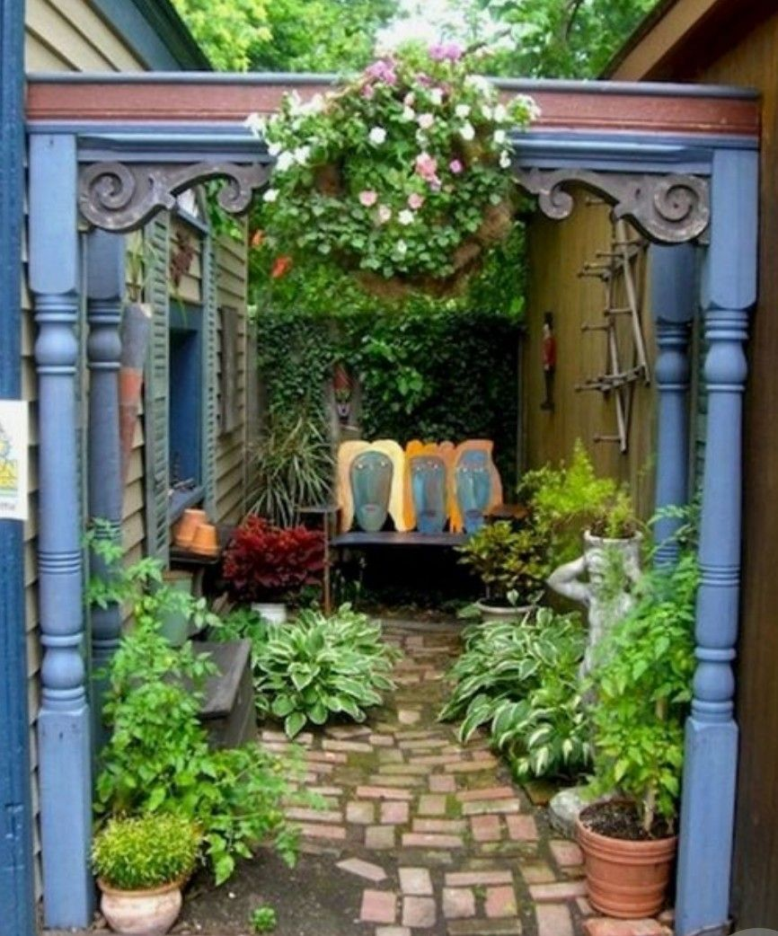 Small Garden Secrets: Secret Courtyard (With Images)