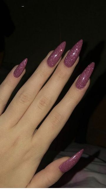 Glam long pink glitter nails
