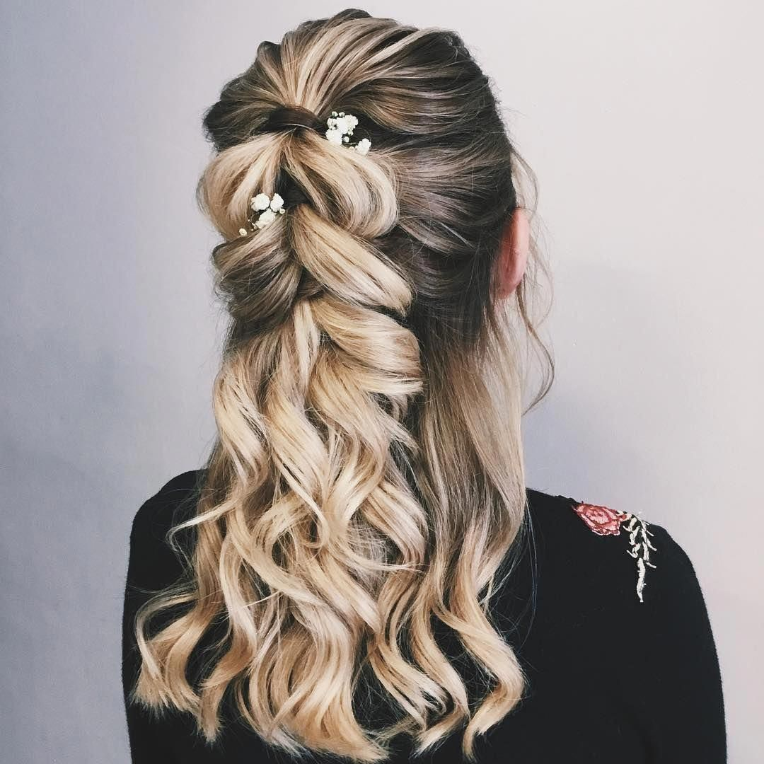 """Half up half down hairstyle , hairstyle ,updo hairstyle ,upstyle ,wedding hairstyles ,wedding hair <a class=""""pintag"""" href=""""/explore/Weddinghairstyles/"""" title=""""#Weddinghairstyles explore Pinterest"""">#Weddinghairstyles</a><p><a href=""""http://www.homeinteriordesign.org/2018/02/short-guide-to-interior-decoration.html"""">Short guide to interior decoration</a></p>"""