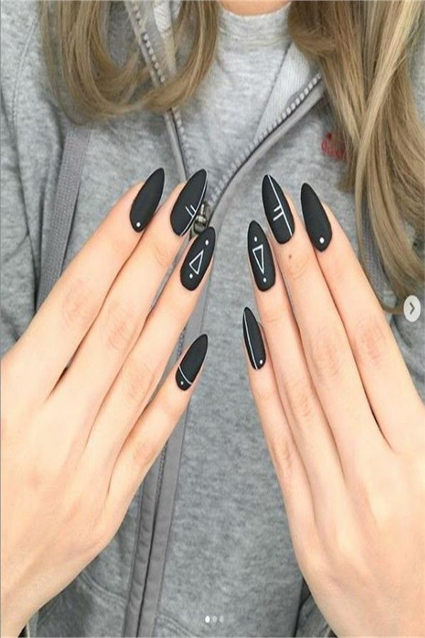 33 Amazing Black Nails Designs For You – Fashonails