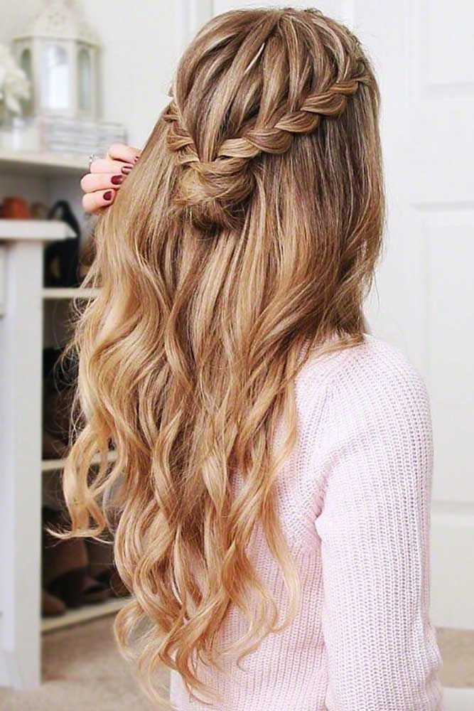 """A Half-Up Mini Bun <a class=""""pintag"""" href=""""/explore/bun/"""" title=""""#bun explore Pinterest"""">#bun</a> <a class=""""pintag"""" href=""""/explore/halfup/"""" title=""""#halfup explore Pinterest"""">#halfup</a> ★ Cute and easy bun hairstyles for short hair, shoulder length or for long hair. Pick a formal one for work or fancy events. ★ See more: <a href=""""https://glaminati.com/bun-hairstyles/"""" rel=""""nofollow"""" target=""""_blank"""">glaminati.com/…</a> <a class=""""pintag"""" href=""""/explore/glaminati/"""" title=""""#glaminati explore Pinterest"""">#glaminati</a> <a class=""""pintag"""" href=""""/explore/lifestyle/"""" title=""""#lifestyle explore Pinterest"""">#lifestyle</a><p><a href=""""http://www.homeinteriordesign.org/2018/02/short-guide-to-interior-decoration.html"""">Short guide to interior decoration</a></p>"""