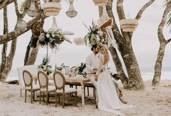 This ultra romantic styled shoot turned elopement in Costa Rica is the perfect blend of boho chic and glamor with a pinch of mystical. We love how perfectly wild and textured the decor and florals are designed to enhance the natural beauty of Hacienda Barrigona and the breathtaking Barrigona Beach. Between the intimate al fresco setting to the hand-woven macrame lamps and statement bridal crown,this is not your typical coastal wedding. View full post >>