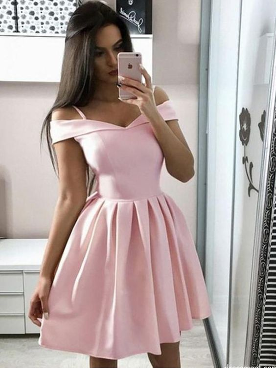 Amazing light pink dress, I want one