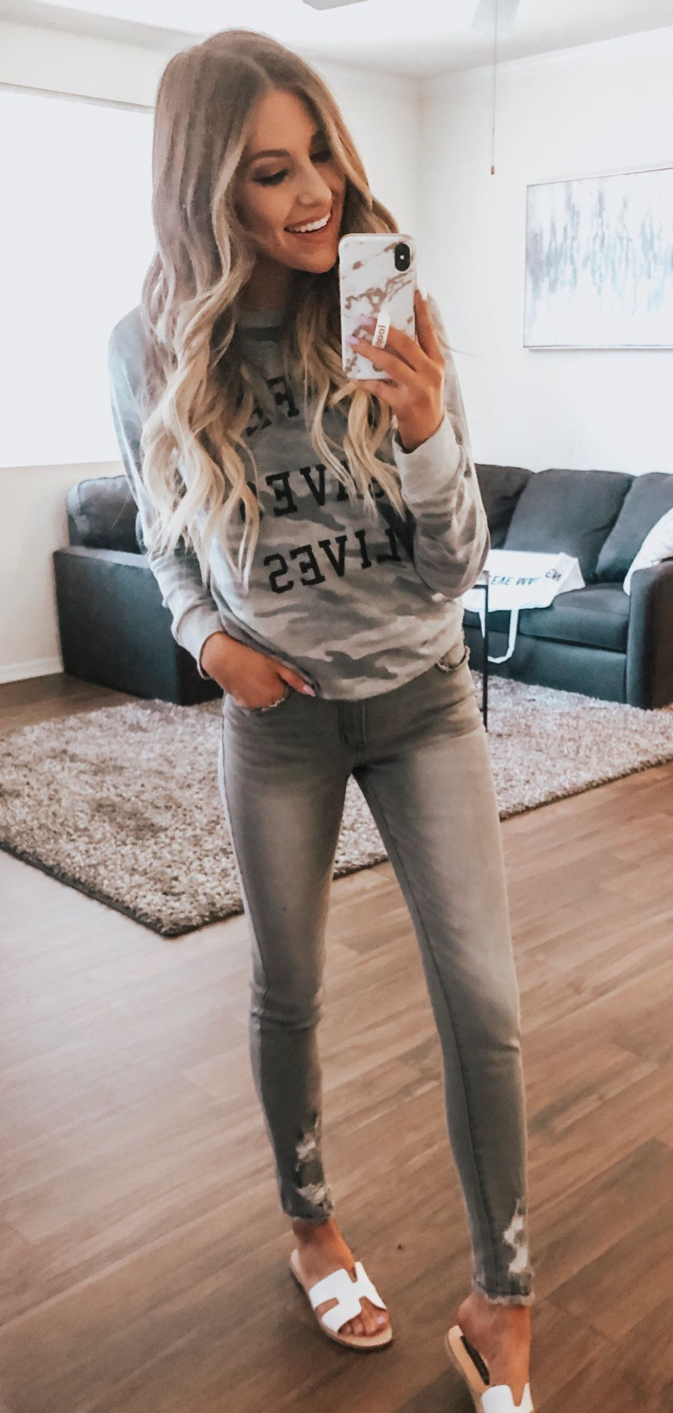 grey crew-neck sweater #summer #outfits