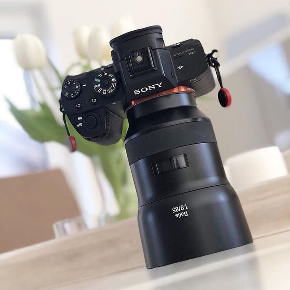 Zeiss Batis 85mm F1 8 Zeiss Is One Of Top Leading Lenses