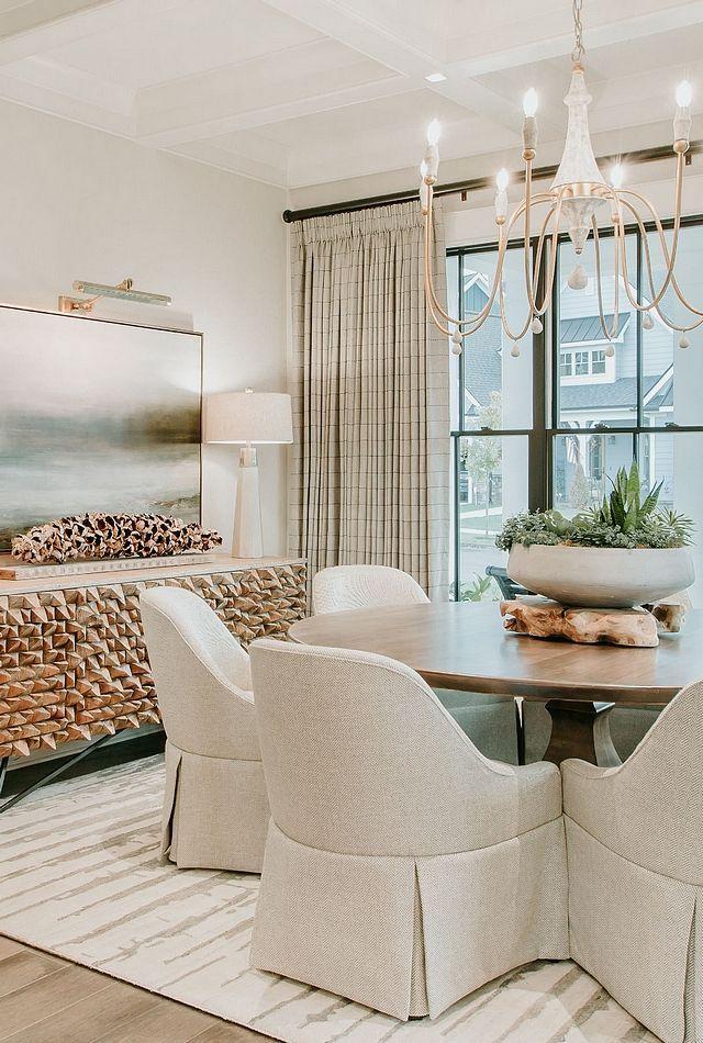 Southern-inspired Modern Farmhouse - Home Bunch Interior Design Ideas #homebunch