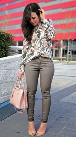 I like this color combo, grey and pink