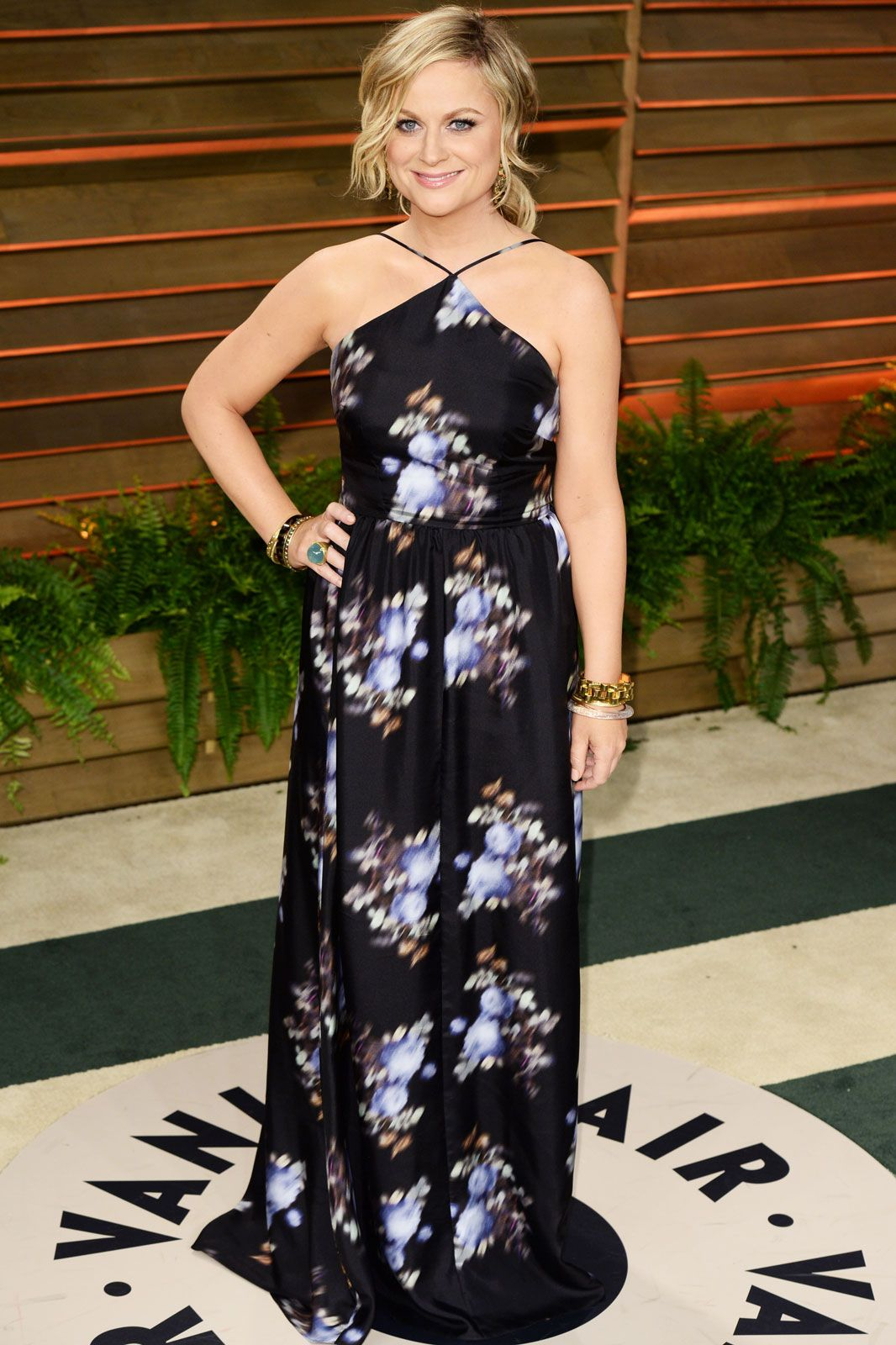 While Leslie Knope may be more of a solids- and suits-wearing kinda lady, Amy Poehler pleasantly surprised us in this printed Peter Som dress.