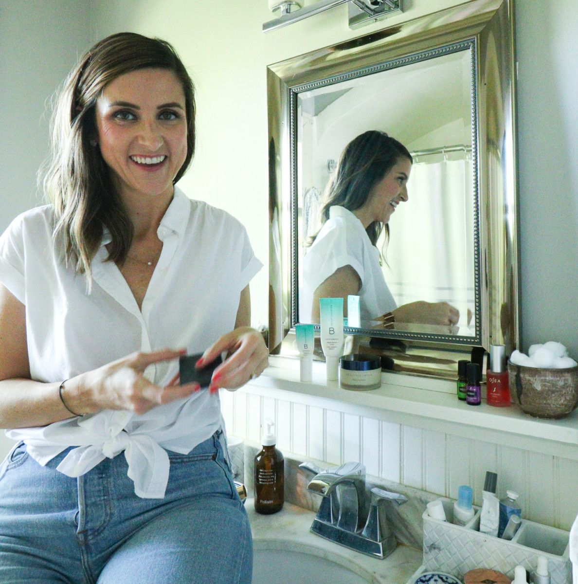 Cobalt Chronicles, Houston lifestyle blogger, is sharing her Clean Beauty Story and why she's making the change to cleaner, safer beauty products!