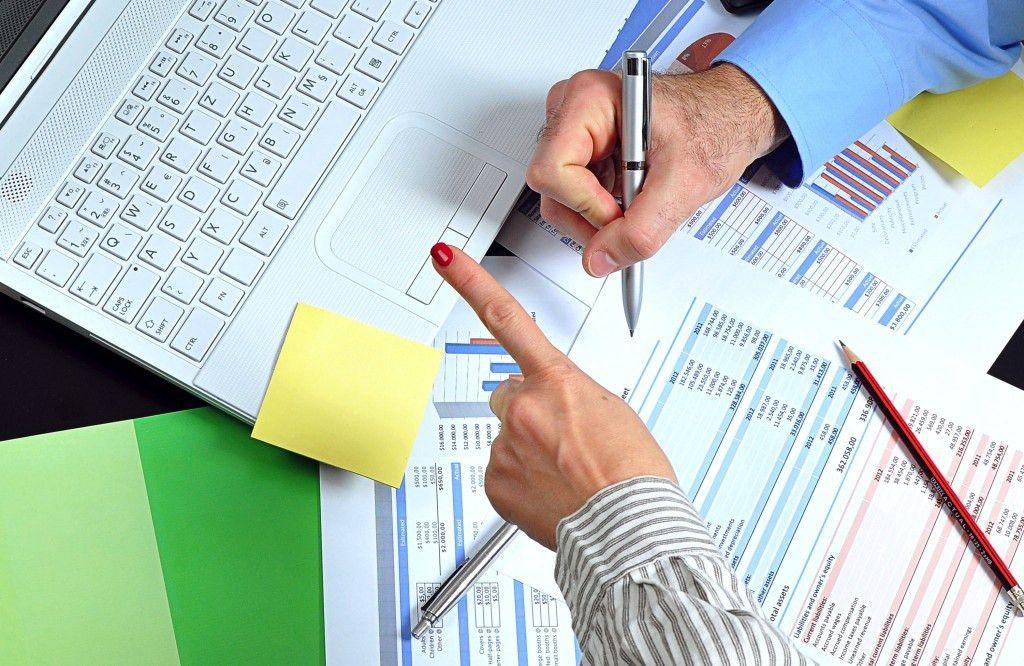 Customer aging analysis report