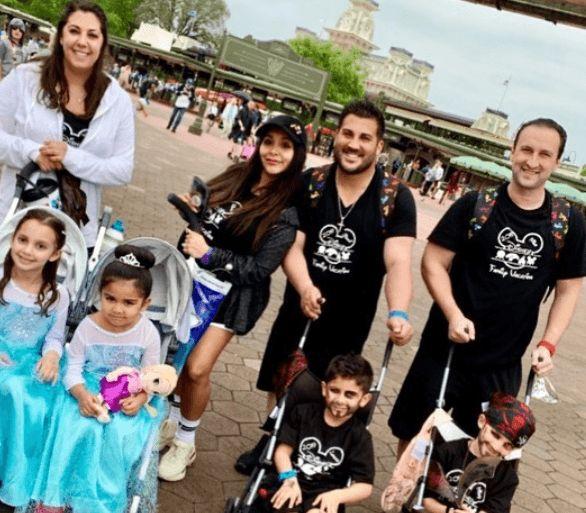 Snooki Gets Slammed For Putting Her Kids In Strollers At Disneyland