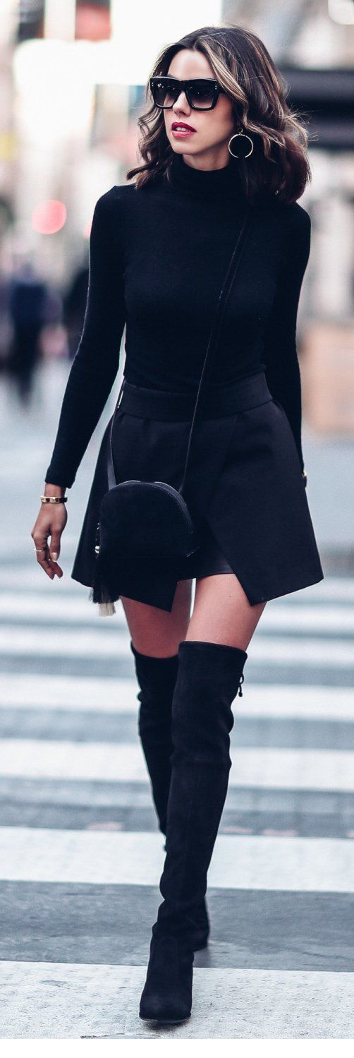 Chic black look idea