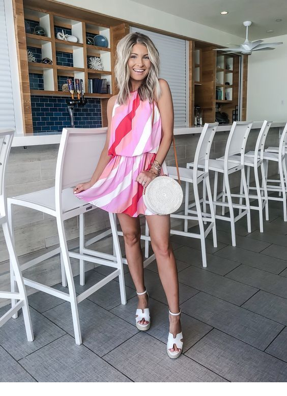 Very sweet pink and red short dress
