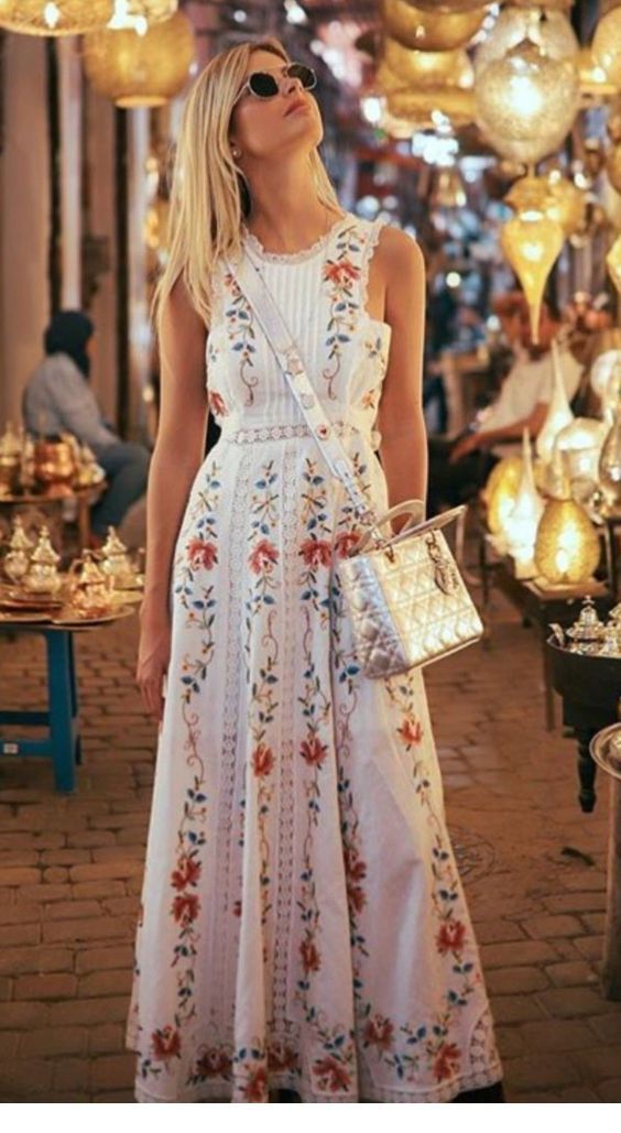 Boho floral dress and a bag