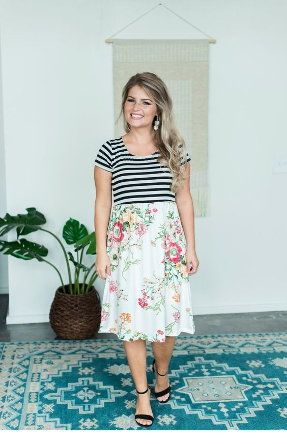 Nice t-shirt and midi floral skirt
