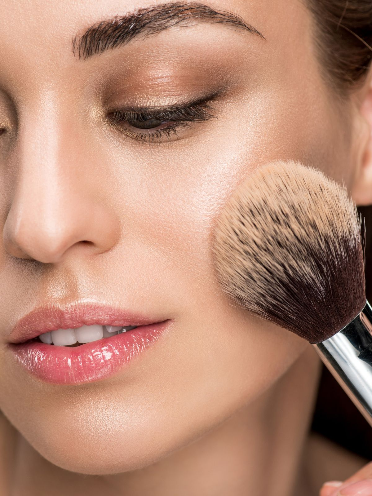 10 NEW Bronzers to Give Skin a Natural Sun-Kissed Glow