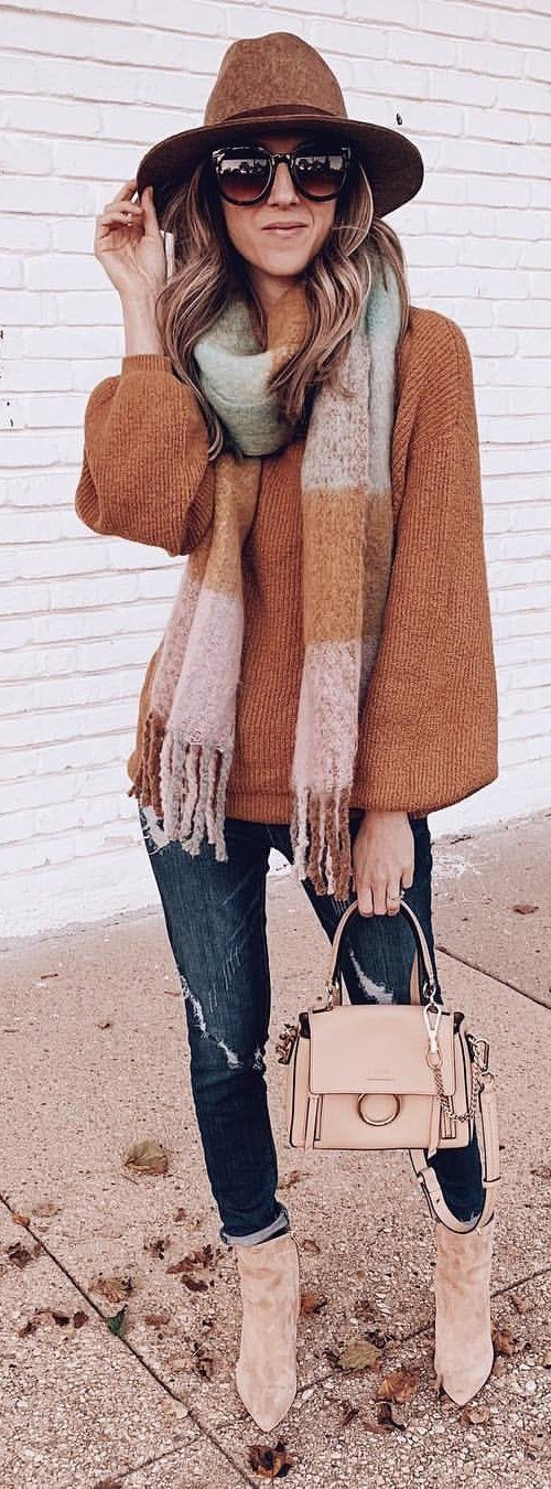 beige and brown striped scarf