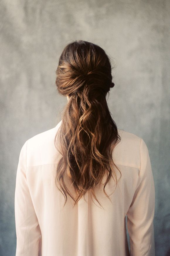 """Good quality DIY tutorials are the perfect way to attempt your own bridal hair or make up if you're not sure about hiring a professional. Be warned though, you must practice, practice and practice again if you're going to attempt it for your big day.<p><a href=""""http://www.homeinteriordesign.org/2018/02/short-guide-to-interior-decoration.html"""">Short guide to interior decoration</a></p>"""
