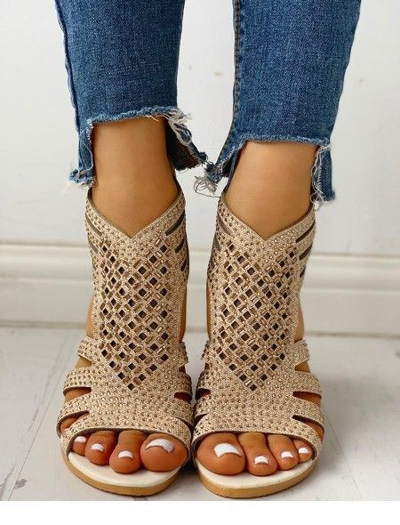 Very cute sandals for summer and blue jeans