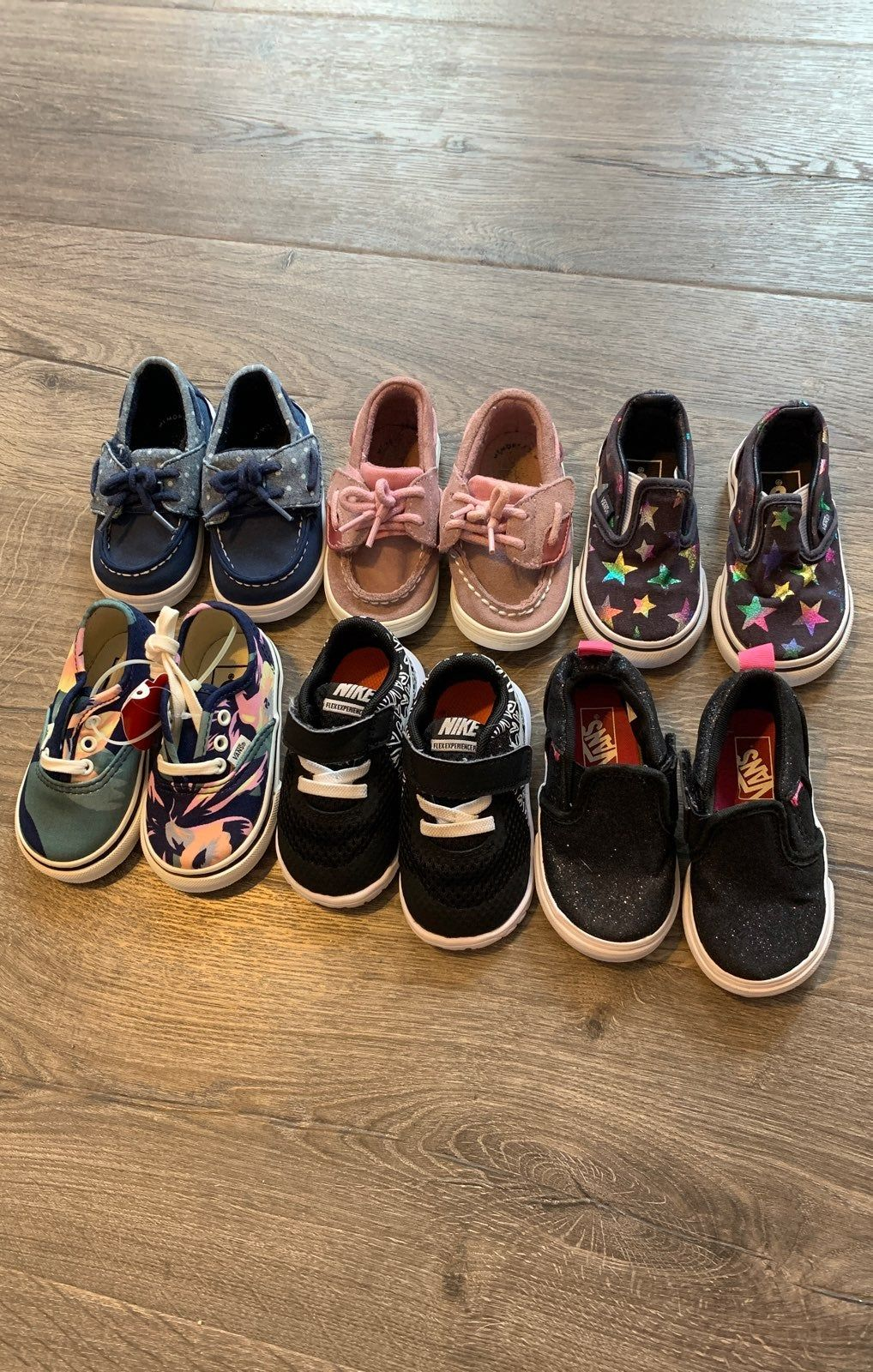 1 pair still has tags The rest are in great Condition Size 4 You will get 2 sperrys 2 vans 1 Nike