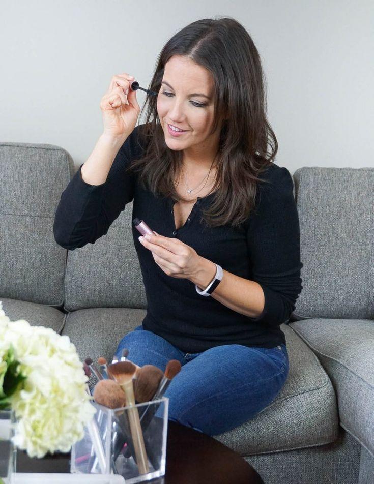 best mascara for length and volume   Houston Beauty Blogger Lady in Violet #mascara #makeuplooks