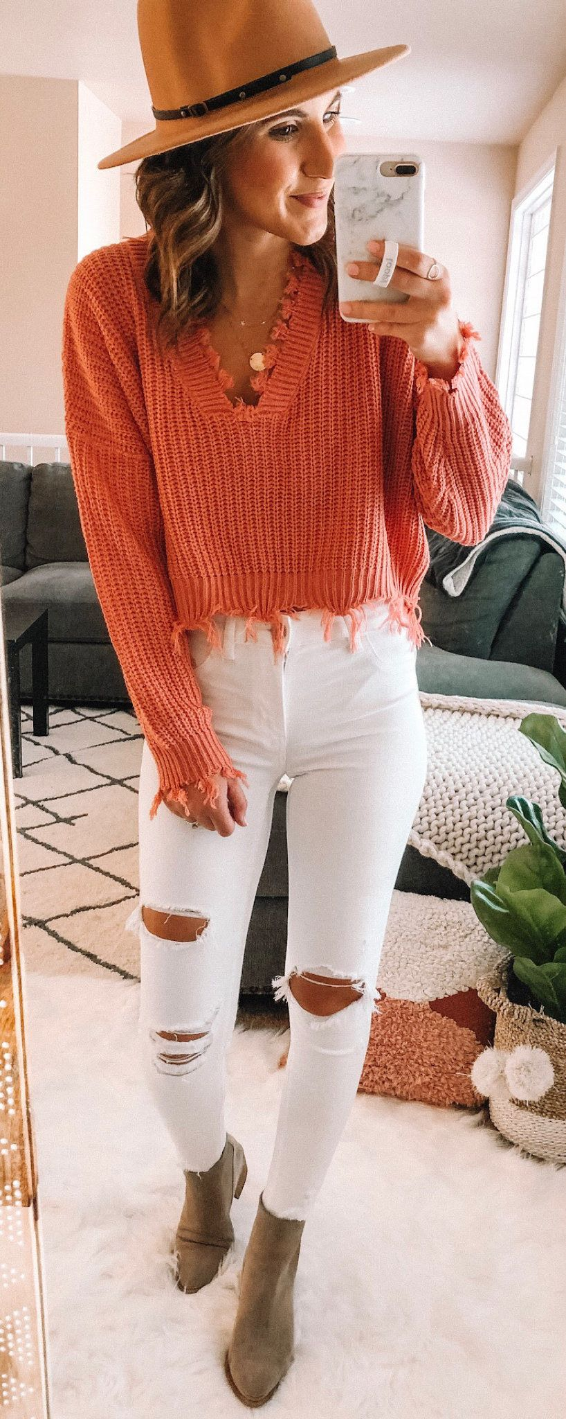 white distressed skinny jeans #spring #outfits
