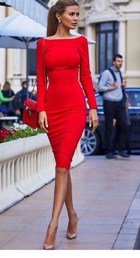 Wonderful red dress and bag