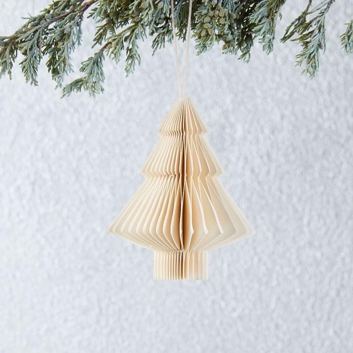 Paper Tree Ornament / #holiday #tree #ornaments