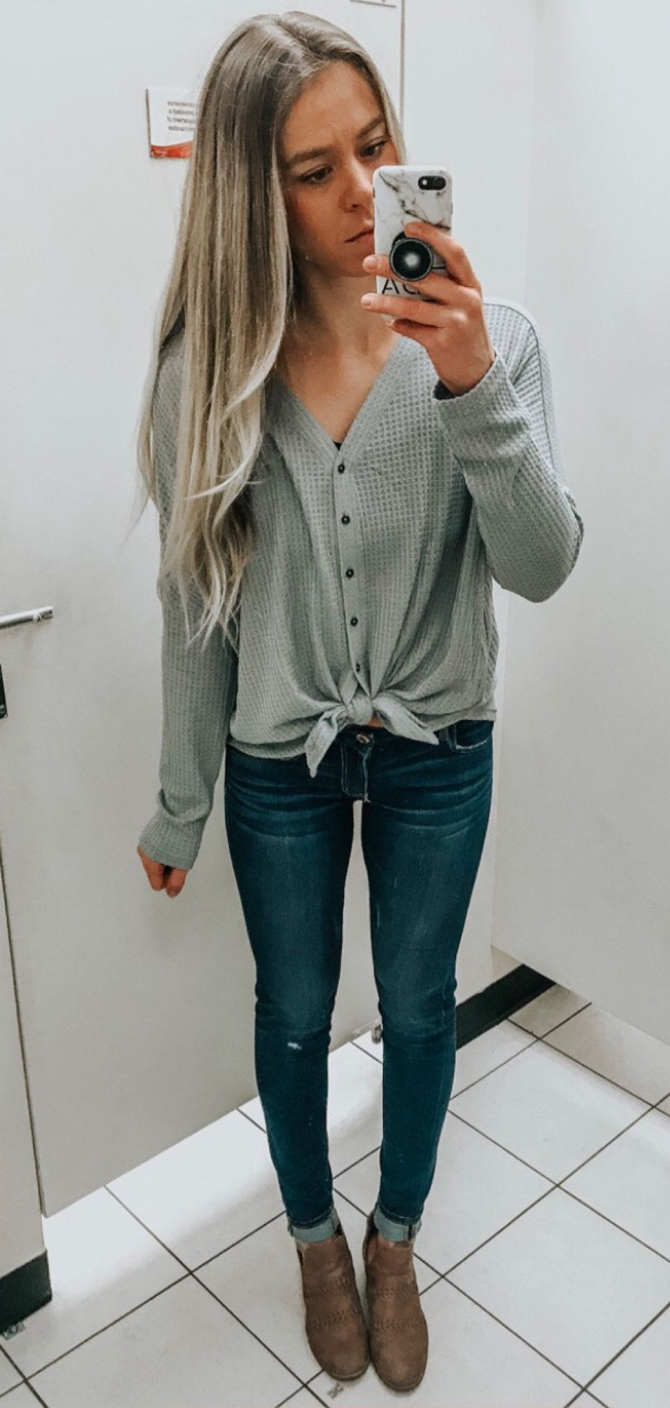 gray button-up sweater and blue denin skinny jeans #spring #outfits