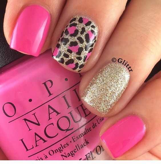 Nice pink and gold glitter nails with leo print